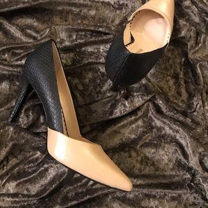 Audrey Brooke Black & tan heels
